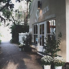 sugar bakeshop, charleston. Instagram by @elizabeth_boyette