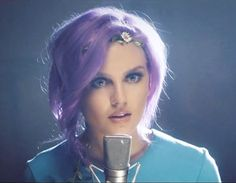 perrie-edwards-change-your-life.jpg (425×330)