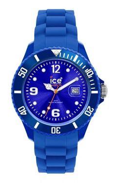 Ice-Watch Sili Forever Blue Unixex  SI.BE.U.S.09. Mooi Ice-Watch horloge met een kunststof kast en voorzien van een siliconen band. De kast is voorzien van een quartz kwaliteits uurwerk en afgewerkt met mineraalglas. De siliconen band sluit door middel van een gespsluiting. Het horloge is 100 meter waterdicht.  U krijgt 2 jaar garantie op het uurwerk.