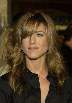 Jennifer Anniston. Love her hair.