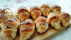 Hot Dog Buns, Hot Dogs, Doughnut, Desserts, Health And Beauty, Brot, Tailgate Desserts, Deserts, Postres