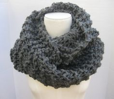 Outlander inspired wool bulky cowl dark grey hand knitted by SimpleKnitShop  #outlander