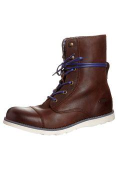 Nauhalliset saappaat - ruskea. Want these so bad!
