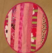 Round Valentine Placemats - via @Craftsy