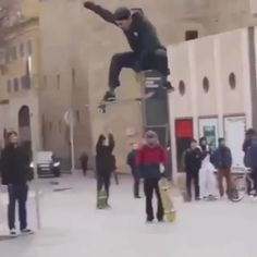 Skateboard Photos, Skateboard Videos, Skate Photos, Skateboard Girl, Best Skateboard, Skate Boy, Skate Wear, Beginner Skateboard, Longboarding