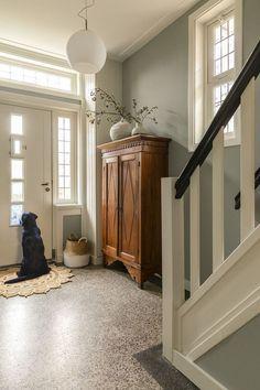 Hallway Decorating, Interior Decorating, Interior Design, Hallway Inspiration, Interior Inspiration, Flur Design, Hallway Designs, Green Rooms, Home Fashion
