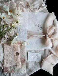 腮红{SHEER}   丝绸和柳树 Plan Your Wedding, Wedding Tips, Wedding Details, Diy Wedding, Wedding Events, Destination Wedding, Wedding Planning, Dream Wedding, Wedding Timeline