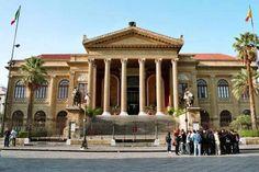 Teatro Massimo, Palermo - by Bjs:Wikimedia