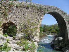 Vecchio ponte al confine tra i Comuni di Felitto e Magliano