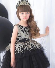 The world's most beautiful girl Anastasia Kne … - Preteen Clothing World Most Beautiful Girl, Beautiful Little Girls, Cute Little Girls, Cute Baby Girl, Beautiful Children, Cute Girl Dresses, Little Girl Dresses, Girl Outfits, Flower Girl Dresses