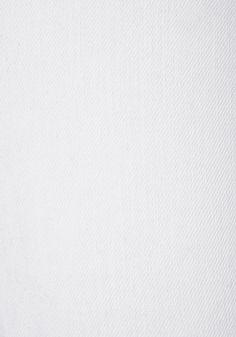 Bermudas von LASCANA im Five-Pocket-Style mit Umschlag am Saum.  Innenbeinlänge ca. 23 cm. Aus 98% Baumwolle, 2% Elasthan....