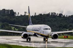 Ryanair in the rain | Kamil Nowak | Flickr