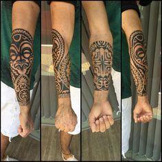 Mais um antebraço sendo fechado. #maoritattoo #maori #polynesian #tattoomaori…