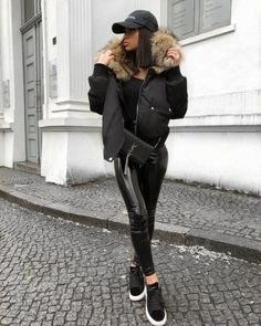 Shared by Find images and videos on We Heart It - the app to get lost in what you love. Edgy Outfits, Winter Outfits, Cute Outfits, Fashion Outfits, Fashion Clothes, Urban Fashion, Love Fashion, Fashion News, Street Fashion