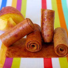 Ditch Fruit Roll Ups for homemade Peach Fruit Leather from Weelicious Peach Fruit Leather, Homemade Fruit Leather, Fruit Leather Recipe, Peach Leather Recipe, Fruit Recipes, Baby Food Recipes, Toddler Recipes, Kid Recipes, Healthy Recipes