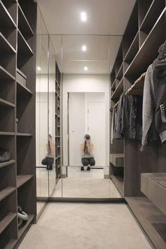 90 Designs Of Modern Master Closet Decorations that Look Very Neat 50 Best Sleek Modern Master Closet Design Ideas Master Closet Design, Walk In Closet Design, Master Bedroom Closet, Small Room Bedroom, Closet Designs, Small Wardrobe, Bedroom Wardrobe, Wardrobe Closet, Small Closets