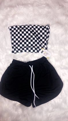 baddie outfits for high school Biker shorts outfit Biker. - baddie outfits for high school Biker shorts outfit Biker Shorts Informations - Lazy Outfits, Cute Comfy Outfits, Sporty Outfits, Teen Fashion Outfits, Teenager Outfits, Cute Summer Outfits, Swag Outfits, Mode Outfits, Outfits For Teens