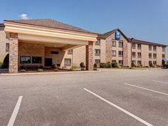 Bangor (ME) Comfort Inn Bangor United States, North America Comfort Inn Bangor is conveniently located in the popular Stillwater Avenue area. Featuring a complete list of amenities, guests will find their stay at the property a comfortable one. Take advantage of the hotel's facilities for disabled guests, Wi-Fi in public areas, car park, meeting facilities, business center. Comfortable guestrooms ensure a good night's sleep with some rooms featuring facilities such as non smok...