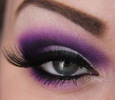 Maquillaje De Ojos En Lila