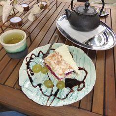 Magic,,, Green Tea and sweet cake...