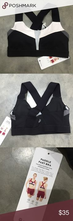 """Alo Yoga Sports Bra New With Tags Alo Yoga """"Paddle Fast"""" sports bra. Very supportive with removable cups. Elastic cross back straps. Black + Off White + Grey color block design. Fits true to size. ALO Yoga Intimates & Sleepwear Bras"""
