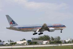 American Boeing B 777 200