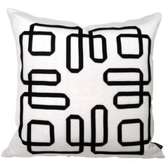 Mazizmuse // Mazing Black and White Pillow