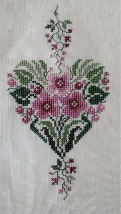This Pin was discovered by Тат Cross Stitch Tree, Cross Stitch Boards, Just Cross Stitch, Cross Stitch Needles, Cross Stitch Heart, Cross Stitch Flowers, Embroidery Hearts, Cross Stitch Embroidery, Cross Stitch Designs