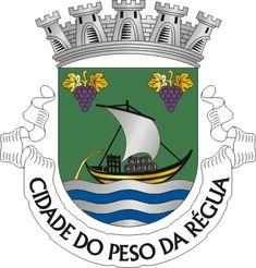 Brasão de Peso da Régua ~A Régua, correspondendo à parte baixa da actual cidade e estendendo-se ao longo das margens do Douro, cresceu com a chegada do comboio.