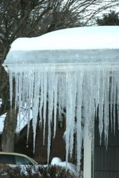 Prevent Ice Dams With Air Sealing and Insulation Roof ventilation and rubber membranes are admissions of defeat Cape Style Homes, Roof Sheathing, Ridge Vent, Gable Vents, Ice Dams, Energy Efficient Homes, Energy Efficiency, Roof Insulation, Home Entertainment Centers
