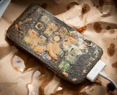 Deep-Fried Gadgets: Artist Henry Hargreaves Deep-Fries (Fake) iPad, iPhone And