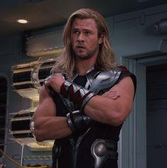 Chris Hemsworth....shewwww
