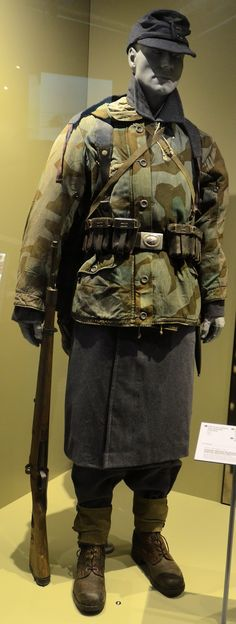 """The Modelling News: We take a tour of the Bastogne War Museum in the 70th anniversary of """"the Bulge""""."""