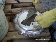 Vitt hus med svarta knutar: Att gjuta i betong