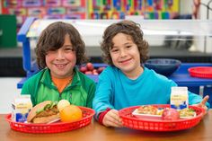 Can Careful Food Pairings Trick Kids Into Eating Their School Lunches? - http://modernfarmer.com/2015/09/less-school-lunch-waste/?utm_source=PN&utm_medium=Pinterest&utm_campaign=SNAP%2Bfrom%2BModern+Farmer