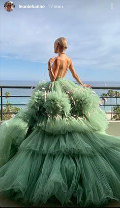 Pretty Prom Dresses, Elegant Dresses, Beautiful Dresses, Casual Dresses, Formal Dresses, Wedding Dresses, Dance Dresses, Ball Dresses, Ball Gowns