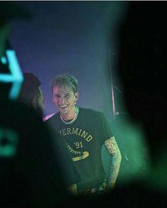His smile seriously gets me : : : : : : : : : : #est#est4life#est19xx#est4life#machinegunkelly#mgk#kells#younggunner#youngman#alphaomega#colsonbaker#rapper#music#love#generaladmission#slimgudz#dubo#cleveland#tilidie#ohio#love#rookie#blackandwhite#fancy#model#hotguys#smile#happy