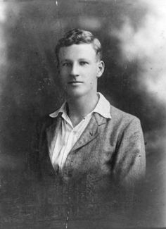 Charles Kingsford Smith age 16.