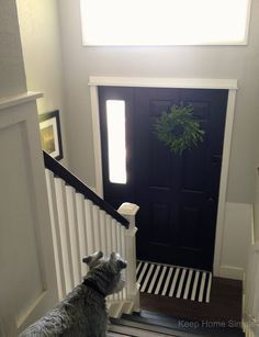 1000 ideas about raised ranch entryway on pinterest for Bi level foyer ideas