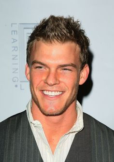 Alan Ritchson- blue mountain state