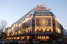 Galleries Lafayette in Paris, France I will destroy this mall in a few months... oh yes