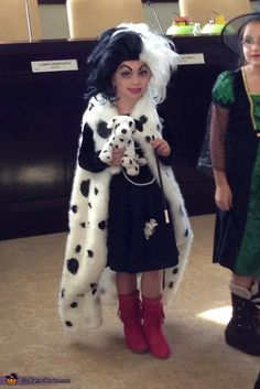 Jacqueline: My daughter loves the movie 101 Dalmatians. She decided she wanted to dress up as Cruella Deville because no one else was going to be her. We ordered a black...