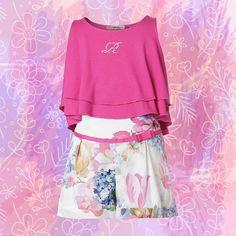 Nos encanta este outfit, es perfecto para estos días de calor y cómodo para acompañar a tus pequeña en sus aventuras. Consíguelo en nuestra tienda online. Link en bio. #miniraxevskymx #weekendlook #ootd #minidiva #igkids #instakids #instamom #fashionkids #fashionista #shorts #spring