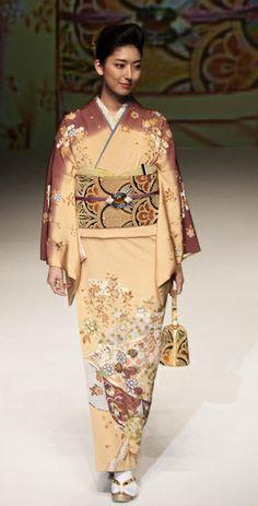 Yukiko Hanai Peach Floral Print Silk Kimono
