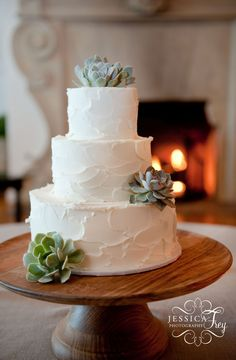 Jessica Frey Photography, Santa Barbara Wedding, Montecito Country Club wedding reception, San Ysidro Ranch wedding, teal and lavender wedding, wedding cake with succulent, TOAST Santa Barbara, wedding cake ideas