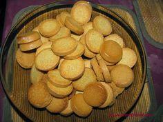 WISH COME TRUE: Biscuiti pentru pitici Almond, Cookies, Desserts, Food, Crack Crackers, Tailgate Desserts, Deserts, Biscuits, Essen