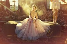 tulle dress - hey this was shot in Phoenix. I've been to this location.  It's gone now though :(