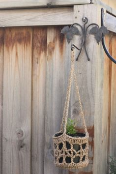 crochet hanging basket pattern..