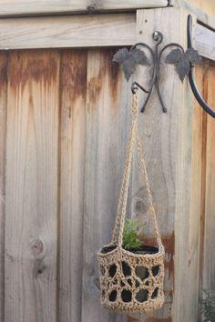 crochet hanging basket pattern..