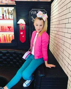I love you girl Jojo Siwa boy Andrew KEW call good me Jojo Siwa Bows, Jojo Bows, I Love You Girl, My Girl, Jojo Siwa Outfits, Dance Mums, Emma Watson Sexiest, Dance Moms Girls, Cute Young Girl